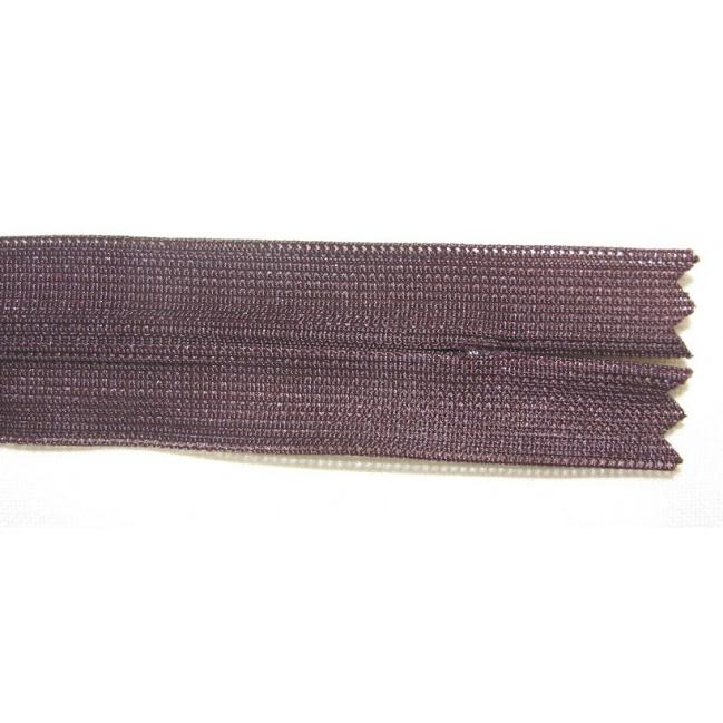 Zips krytý nedeliteľný 20cm tmavá čokoládová