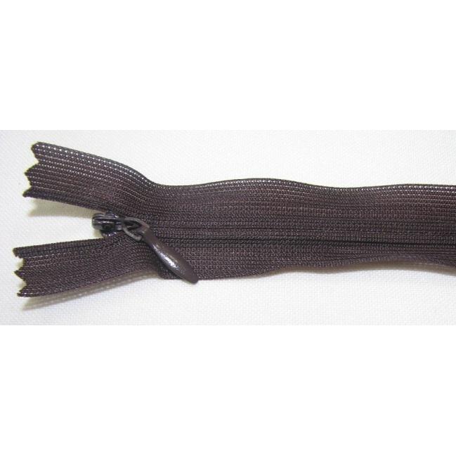 Zips krytý nedeliteľný 25cm tmavo čokoládový